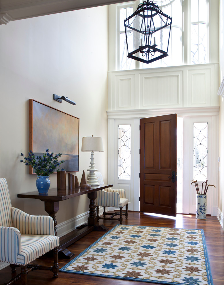 Lovely-Entryway-Tables-decorating-ideas-for-Entry-Traditional-design-ideas