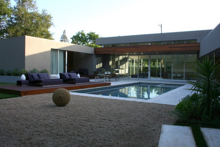 Outdoor-Bed-near-Square-Pool-in-Contemporary-Patio-Design-Ideas