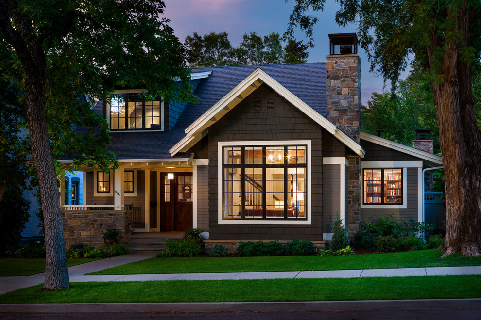 Small-Traditional-Home-Design