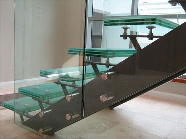 Structural Glass modern-staircase