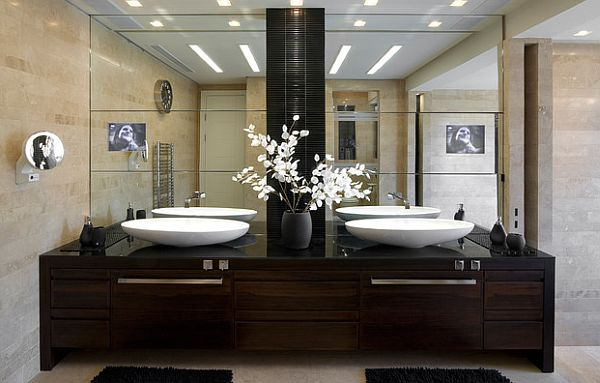 asian-bathroom-with-white-flowers