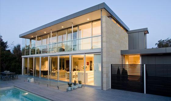 glass-concrete-modern-house