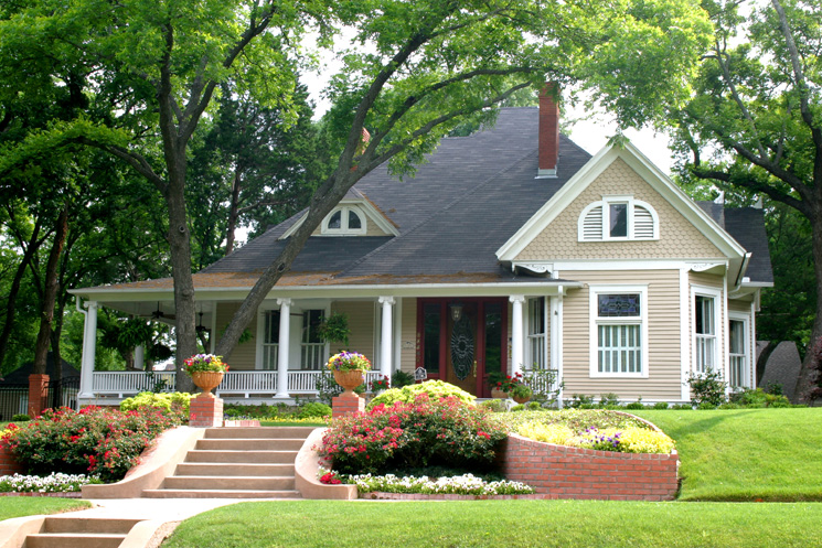 Great Traditional Natural Green Lawn House Designer Exterior Paint Colors