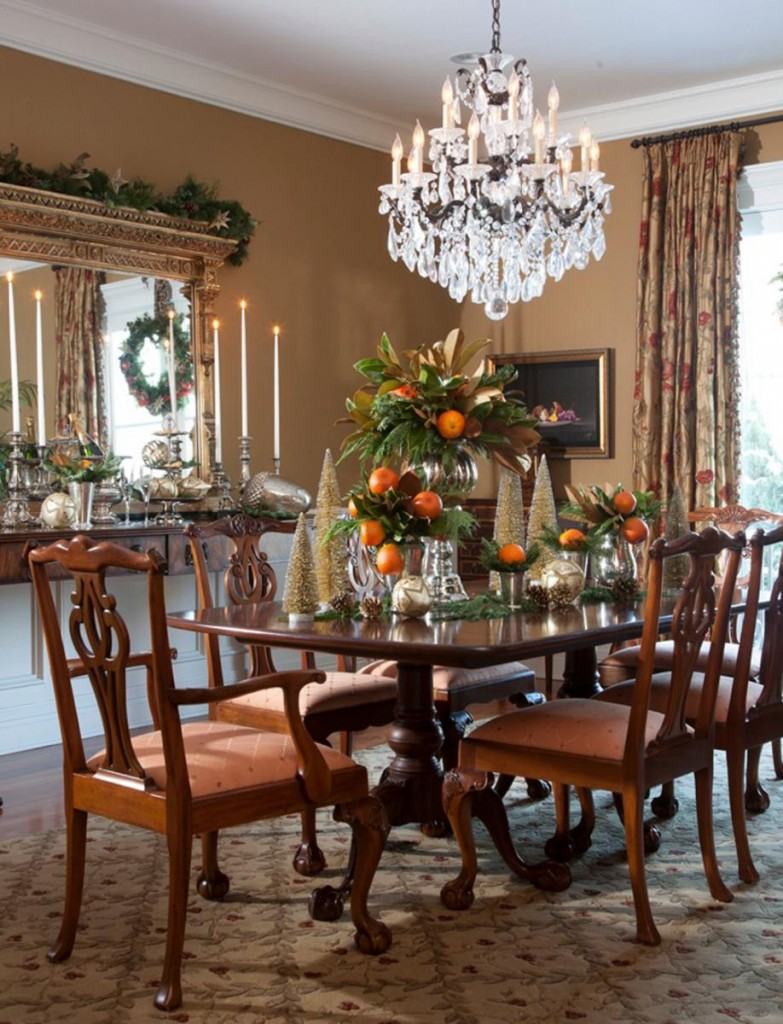 traditional-dining-room-tables