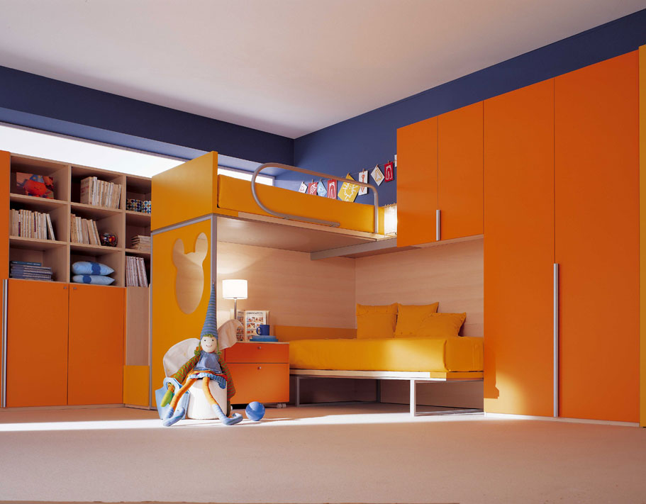 29-Bright-and-Functional-Kids-Bedroom-Designs-from-Berloni-Stylish-Kids-Bedroom-Design-in-Blue-and-Orange