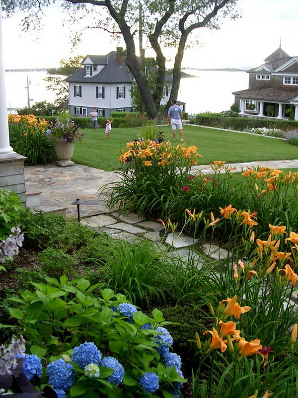 Amazing-Beach-Style-Garden-Patio-Exterior