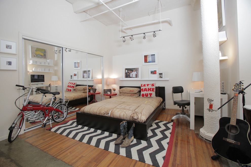Fantastic-Cowboy-Boot-Vector-Art-Decorating-Ideas-Images-in-Bedroom-Eclectic-design-ideas-