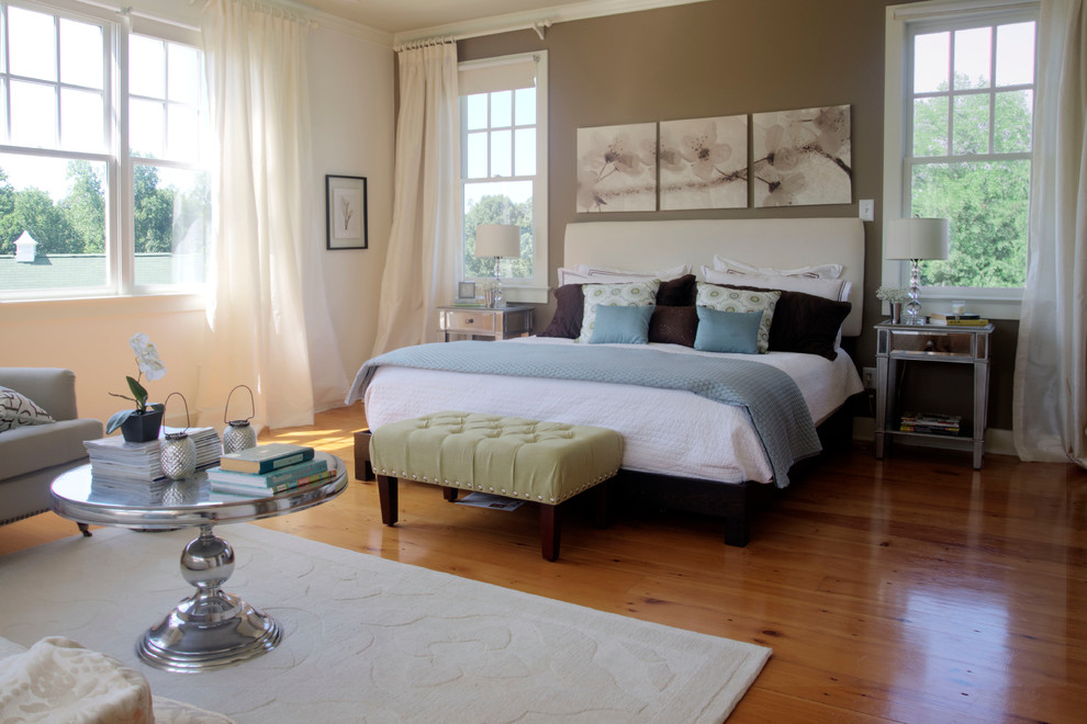 Graceful-Bedroom-Farmhouse-design-ideas-for-Hollywood-Regency-Nightstand-Image-Decor