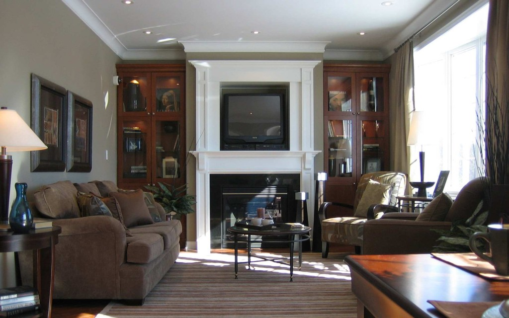 Royal-Luxury-Look-Living-Room-Furniture-Design-Idea