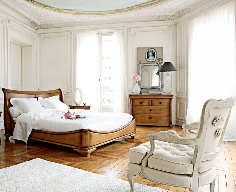 Rustic Bedroom Ideas White Rug Luxurious Sense Beautiful Ceiling Wooden Floor Wooden Bed Frame