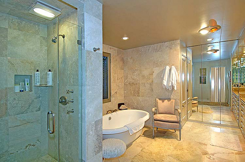 bathroom-mediterranean