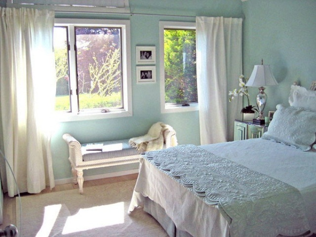 beautiful-beach-and-sea-inspired-bedroom