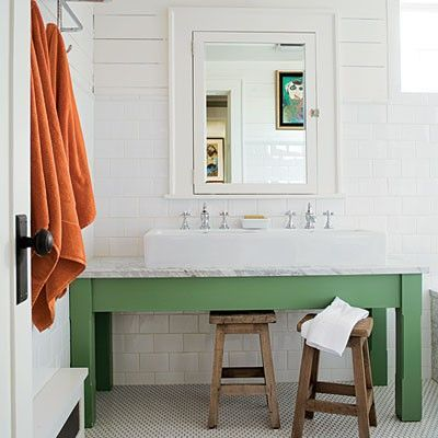 fine-looking-farmhouse-bath-house