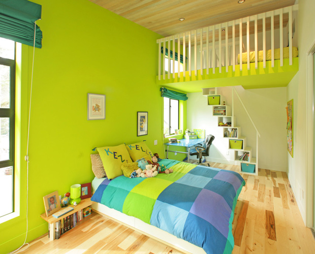 green-bright-colorful-bedroom