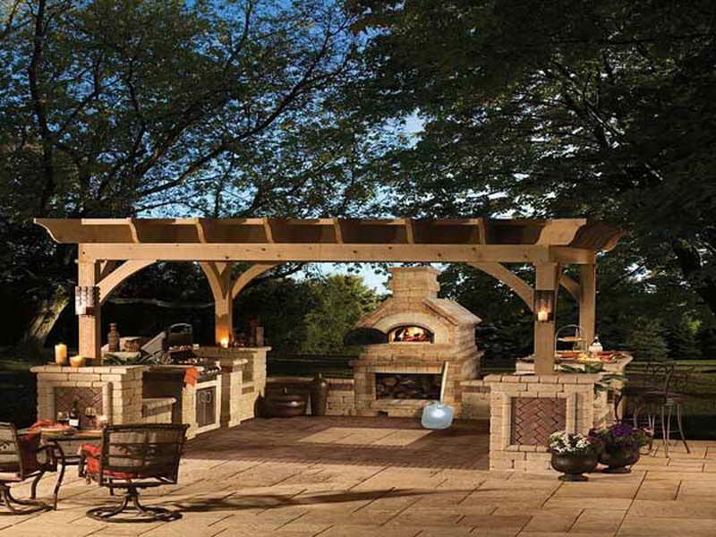 mid-century-outdoor-dining-room