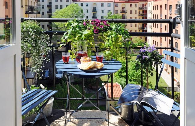 small-balcony-decoration-ideas-
