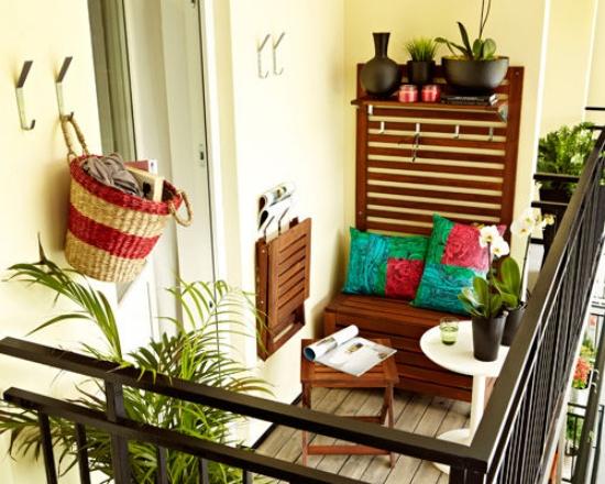 small-balcony-design-ideas-folding-table-folding-chair-furniture