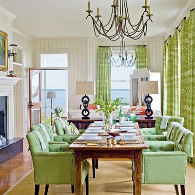 vibrant-beach-dining-room