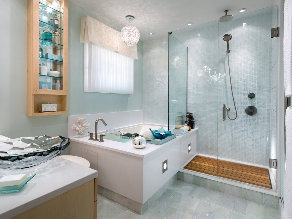 Decorating-Bathroom-Ideas-White-Colorful