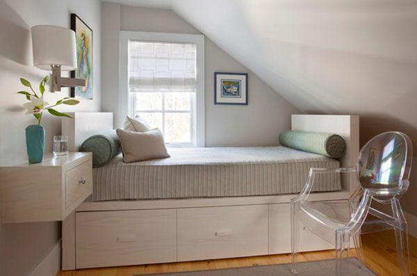 Storage-underneath-the-bed-