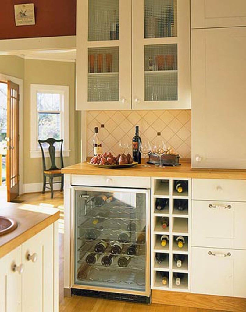 Sweet-Mini-Bar-Storage-in-Astonishing-Kitchen-Area-Design