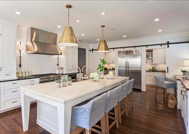 White-Kitchen.-Transitional-Kitchen-