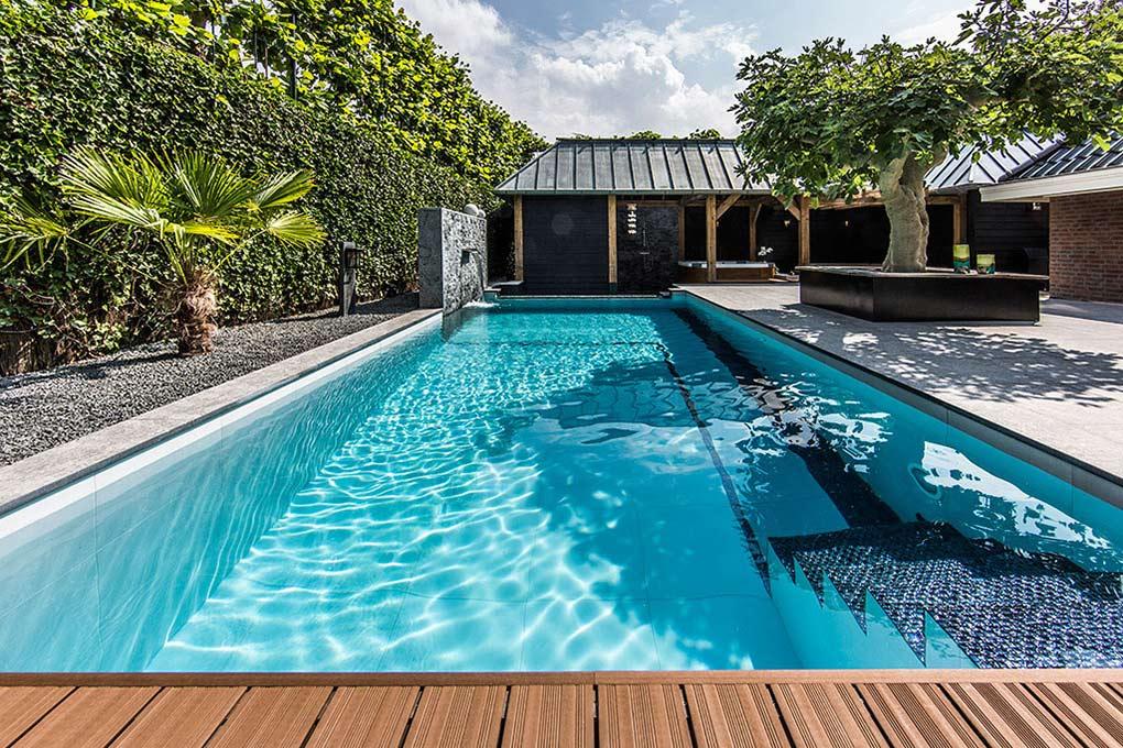 cool-backyard-swimming-pool-designson-swimming-pools-design