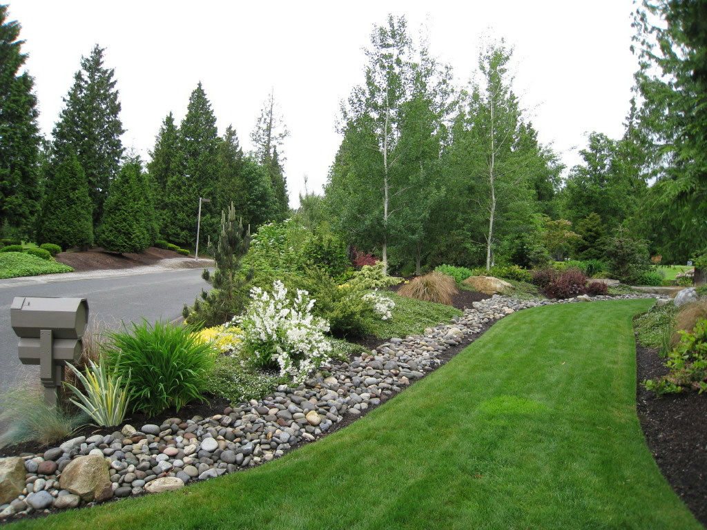 exciting-beautiful-landscaping-for-modern-house