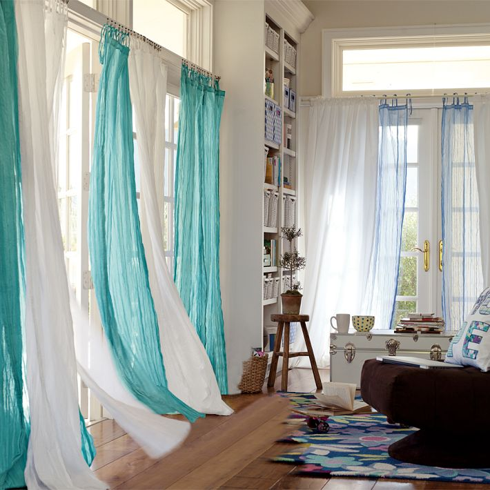 modern-curtain-ideas-for-living-room