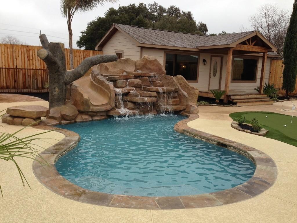 small-back-yard-swimming-pool-design-3-small-backyard-pools-design-ideas-