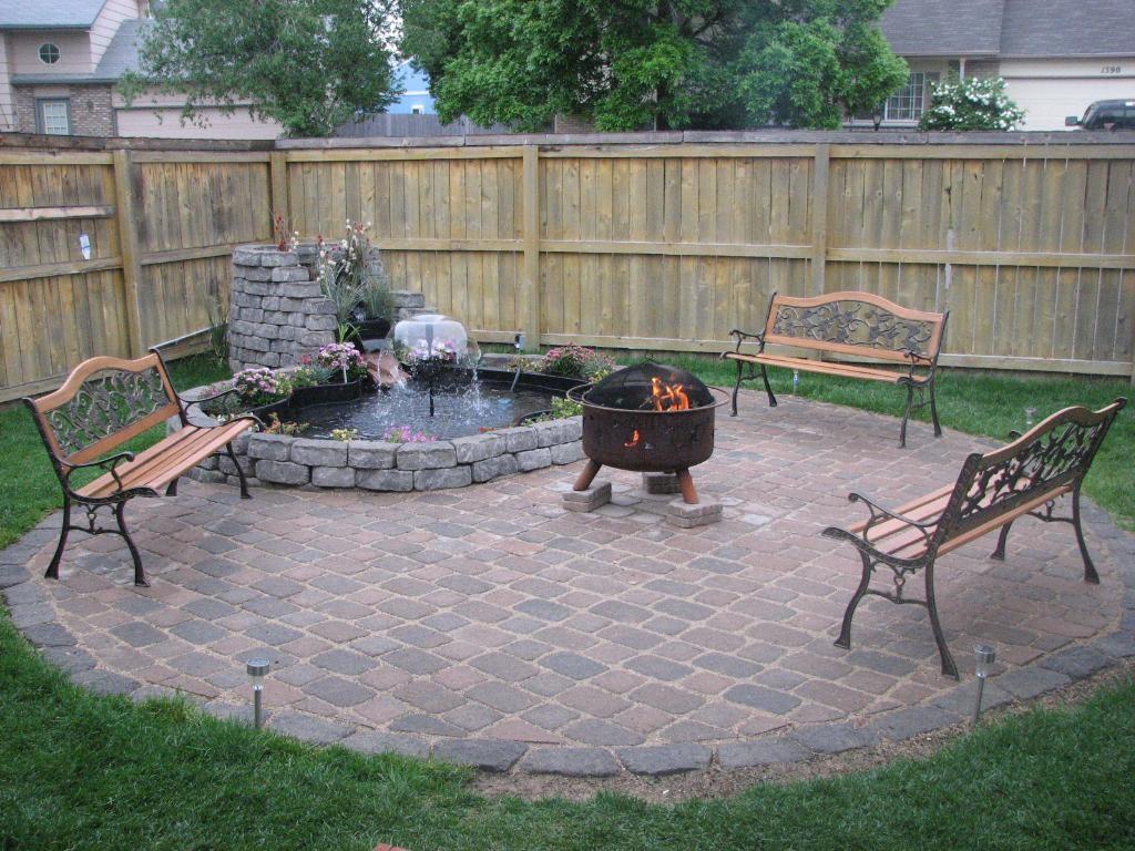 Backyard-Ground-Outdoor-Fire-Pit-Design-Ideas