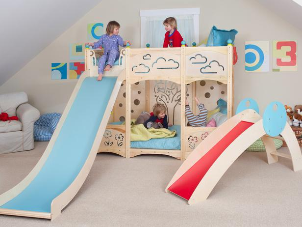CedarWorks-bunk-bed-with-slide_