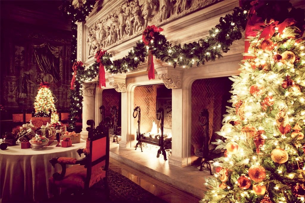 a-fireplace-for-christmas