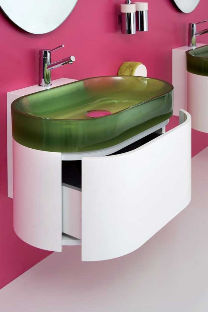 bathrooms-contemporary-small-bathroom-with-victorian-style-
