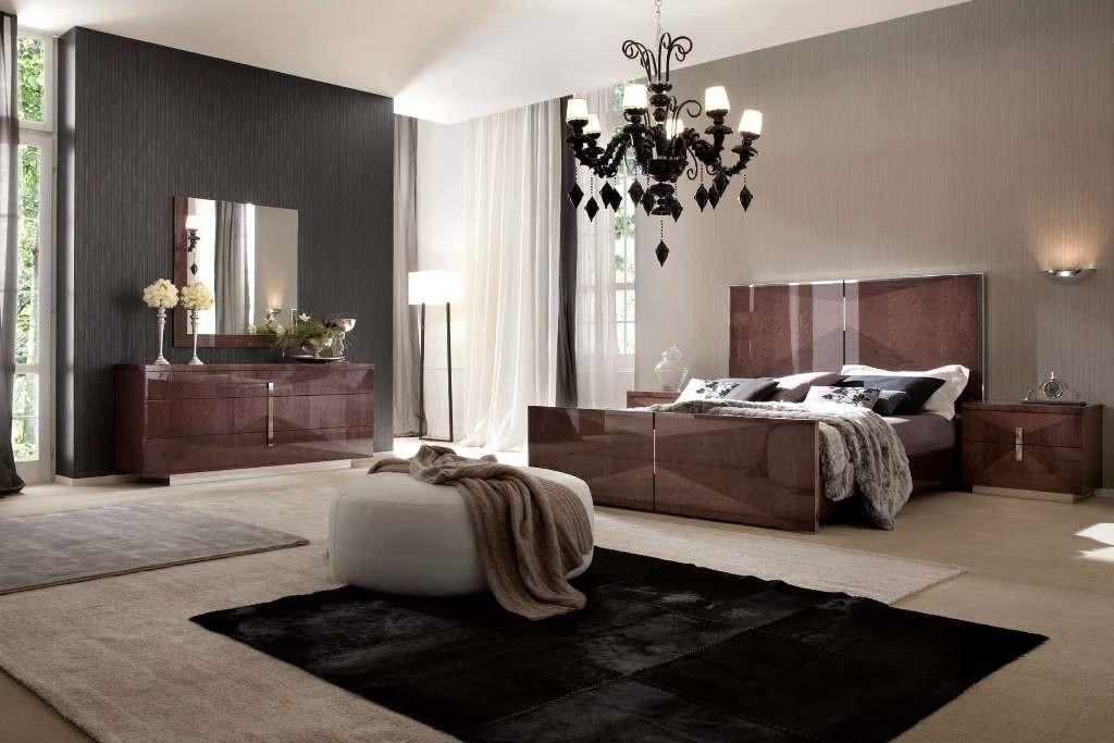 chandeliers-for-bedrooms-Italian-modern-master-bedroom-