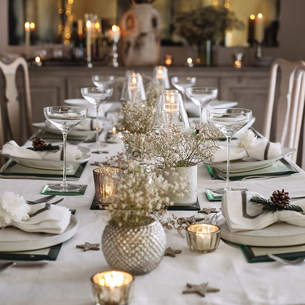 christmas-dining-room-decor-and-table
