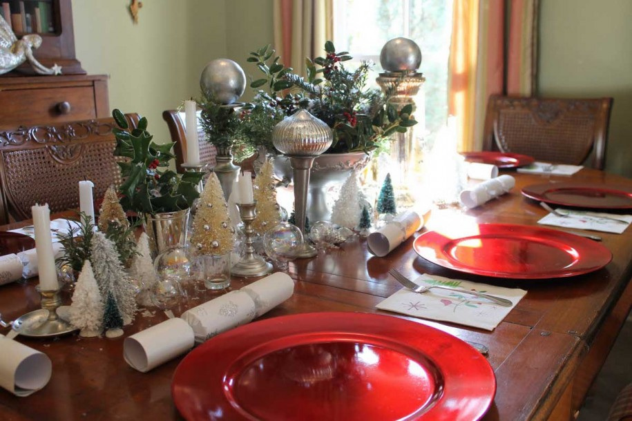 christmas-dining-table-decorations
