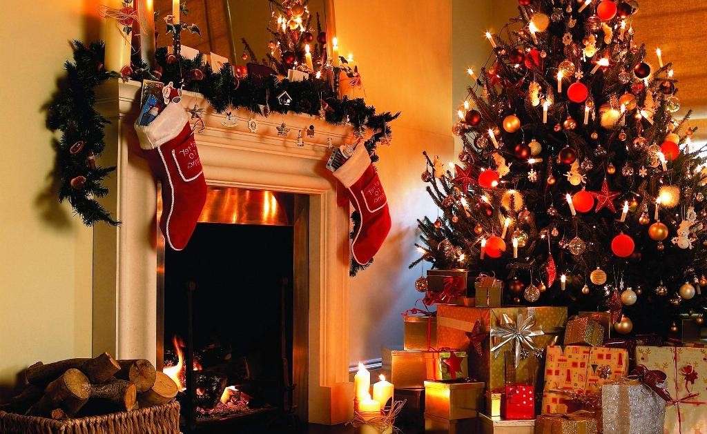 christmas_tree_gifts_candles_fireplace_hd-wallpaper-