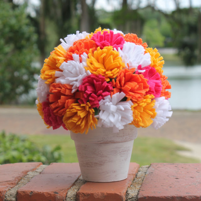 colorful-and-creative-diy-spring-centerpieces16