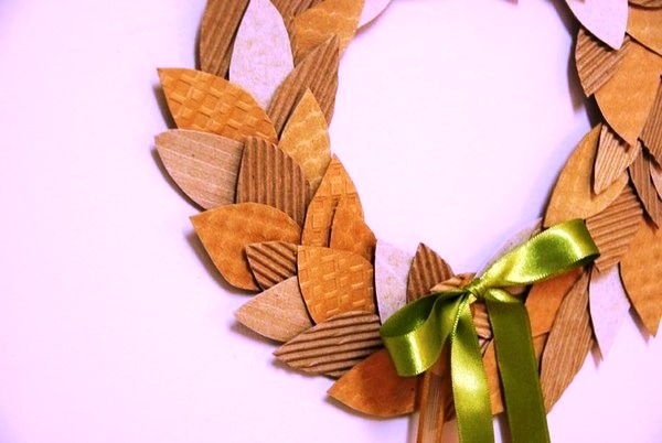 large_full_wreath out of paper