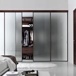 10 Sliding Mirrors in Room Ideas