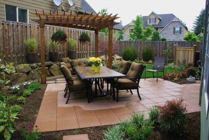 outdoor-patio-dining-tablepatio-outdoor-