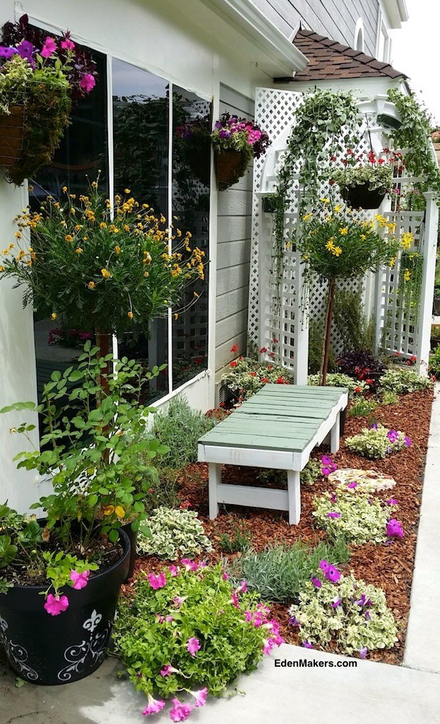 small-narrow-garden-bed-makeover-hanging-plants