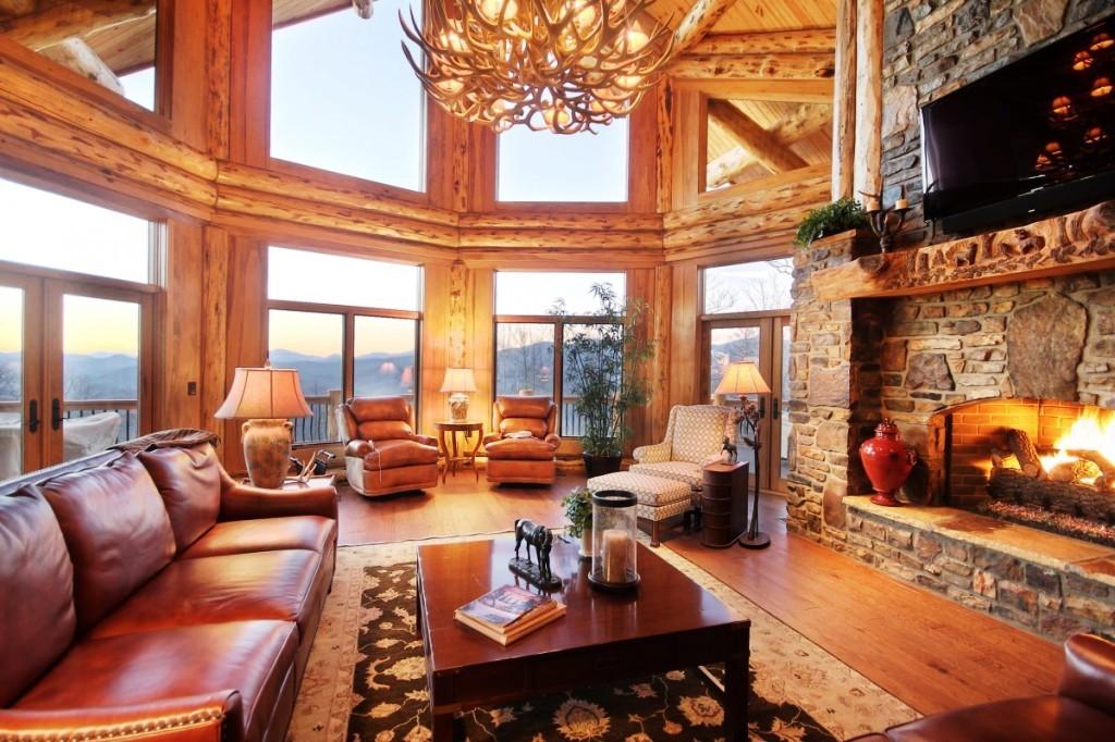 Antler-Chandelier-Designs-for-Creating-Living-Room-Style-