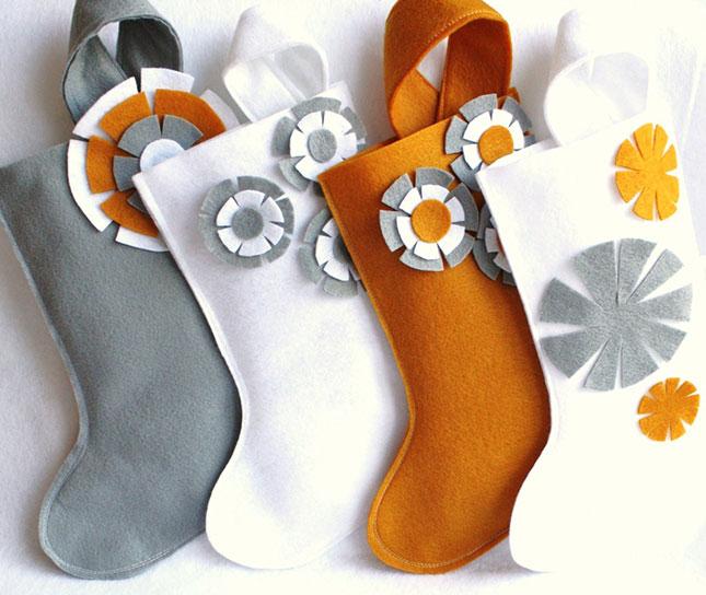 20 Stockings-feltflowers