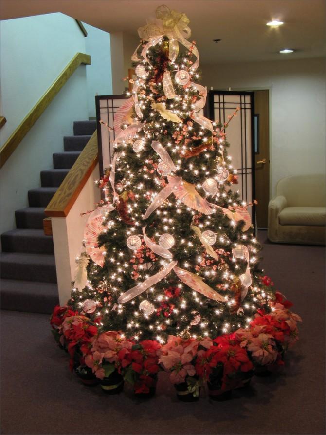 Beautiful-Christmas-Tree-Decorating-Ideas