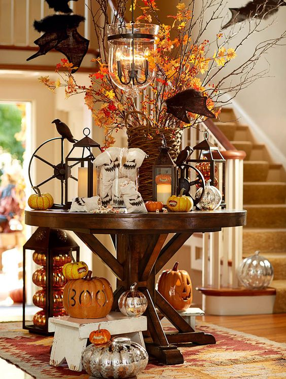 Pumpkin Entry Way Decoration