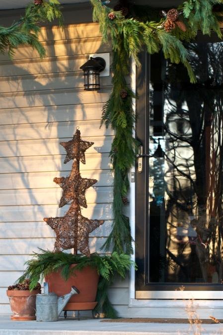christmas-decorations-front-door-ideas-12