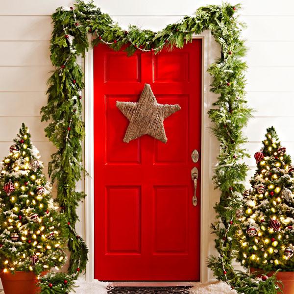 christmas-decorations-front-door-ideas-19
