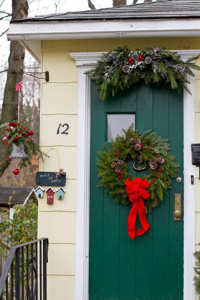 christmas-decorations-front-door-ideas-20